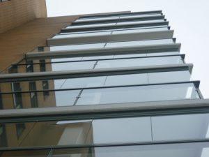 de balkon beglazing